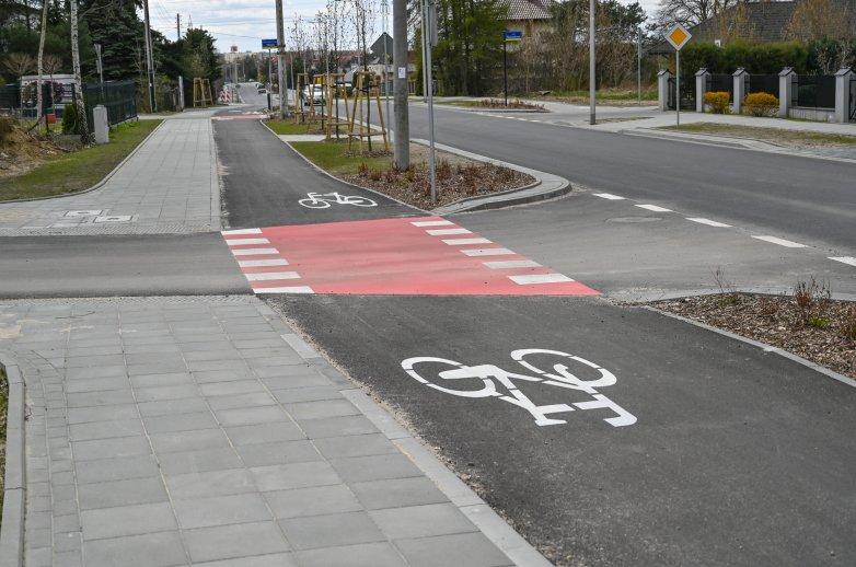 Ścieżka rowerowa w przebudowanej ulicy Brata Alberta
